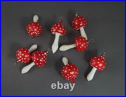 8 VINTAGE BLOWN GLASS MUSHROOMS / Fly agaric (# 11577)