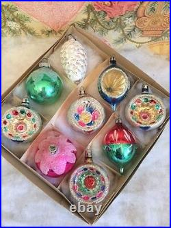 Stunning Vintage Glass Antique Xmas Ornaments Colorful Poland Indents Pinecone
