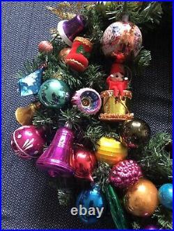 Vintage Christmas wreath retro collectible baubles ornament knee hugger elf